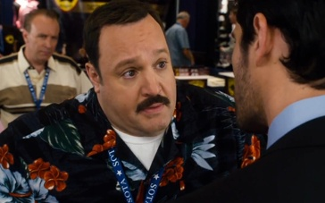 《百货战警2》精彩片段 半路保安和专业安保区别