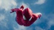 《超凡蜘蛛侠2》精彩片段 平民英雄从天而降擒敌