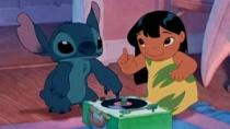 《星际宝贝》预告片 外星宠物史迪奇相伴小萝莉