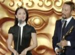 《女狙击手》获最佳女主角奖 张涵予周迅默契颁奖