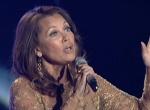 凡妮莎·威廉斯登台献唱 《风中奇缘》经典主题曲