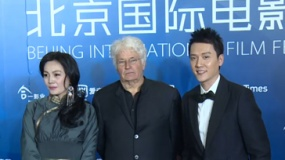 """冯绍峰被赞""""天才演员"""" 佟丽娅自知获女配无望"""