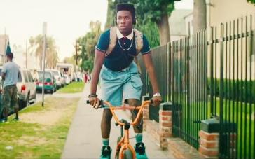 《酷毙了》美版预告片 黑人少年追逐嘻哈音乐梦
