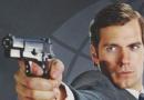 《秘密特工》曝新照 亨利·卡维尔举枪显儒雅