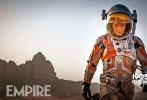 近日,《火星救援》片方二十世纪福斯发出了一款新中文特辑,展现了各方人在是否拯救被困火星的马克·沃特尼(马特·达蒙饰演)这一问题上的内心挣扎,也进一步展现了这部年度佳作的精神魅力。