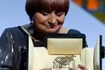 戛纳颁发荣誉金棕榈奖 阿涅斯·瓦尔达眼眶泛红