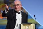 雅克·欧迪亚凭《流浪的迪潘》获金棕榈 激动万分