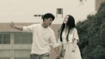 《迷与狂》电影插曲MV 《我等你》道出爱情心酸