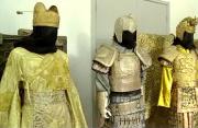 探秘中影基地服装道具展厅 大片服装看花人眼
