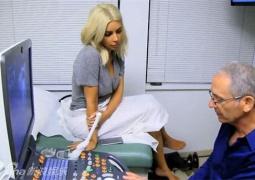 曝金·卡戴珊赴医院检查 确定怀上二胎面露喜色