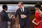 《守夜》获最佳影片奖 女神苏菲·玛索为其颁奖