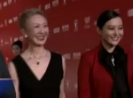 金爵奖国际评委亮相红毯 郝蕾身着红装霸气登场