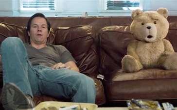 《泰迪熊2》中文片段 泰迪哼唱经典电影主题曲