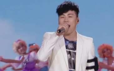 胡彦斌献唱《黑猫警长》主题曲 经典再现致敬童年