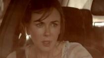 《陌生之地》中文片段 沙暴来袭妮可夫妇被困车中