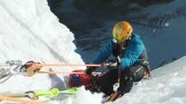 《攀登梅鲁峰》美版预告片 精英攀爬者极限挑战