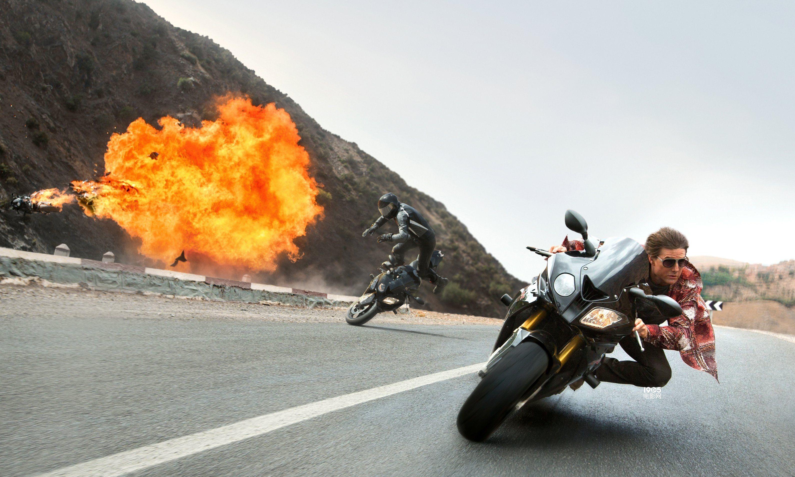 《碟5》上映10天9连冠 摩托飞车特辑再现惊险刹那