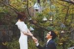 裴勇俊朴秀珍今日大婚 曝浪漫现场二人深情对望