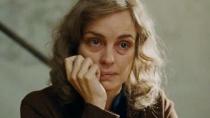 《不死鸟》中文片段 整容女子为新身份编造经历