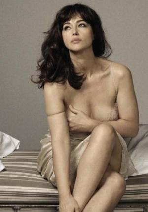 性感尤物莫妮卡·贝鲁奇写真 女神身材丰满热辣