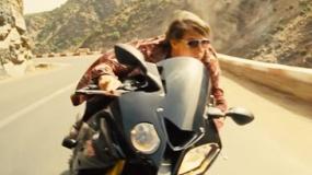 《碟中谍5》精彩片段 阿汤哥山道驾摩托玩命追击