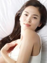 宋慧乔纯美时尚写真特辑 性感露香肩气质温婉