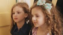 《人情世故》精彩片段 双胞胎萌翻天吃披萨上学校