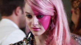 《杰姆和全息图》主题曲MV 摇滚女孩激情释放追梦