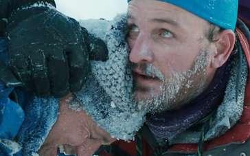 《绝命海拔》拍摄特辑 众主创燃烧意志挑战自我