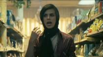 《石墙》精彩片段 同性男友求助遭拒绝失望离开