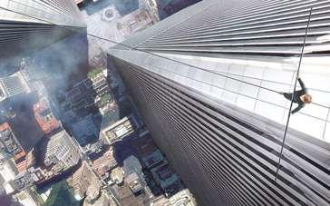 《云中行走》中文IMAX预告片 高楼大厦眩晕无比