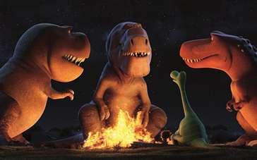 《恐龙当家》中文预告 食草龙与人类小孩结下友谊