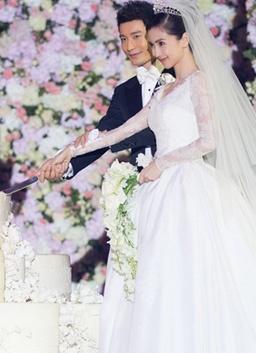 晓明baby大婚:现场交换戒指甜蜜接吻