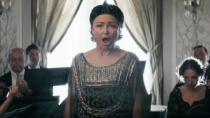 《玛格丽特》正式预告片 贵妇钟情歌唱魔音难掩