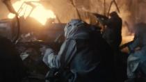 《幸存者》精彩片段 黑鹰坠落飞行员葬身火海