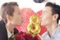 张晋蔡少芬庆祝结婚8周年 两位女儿可爱出镜