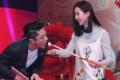 刘诗诗录节目开心秀婚戒 与霍建华互喂美食