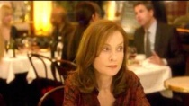 范霍文新片《她》预告 伊莎贝尔于佩尔危险来袭