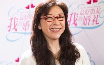 小野丽莎大秀中文 献声《我最好朋友的婚礼》