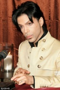 美国传奇歌手Prince逝世 曾七次获得格莱美奖