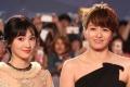 《泡沫之夏》剧组踏上红毯 梁咏琪制片人身份亮相