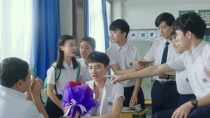 """《谁的青春不迷茫》MV 回忆青春""""不说再见"""""""