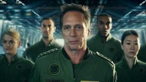 《独立日2》病毒视频中文版 太空防卫署招募新兵