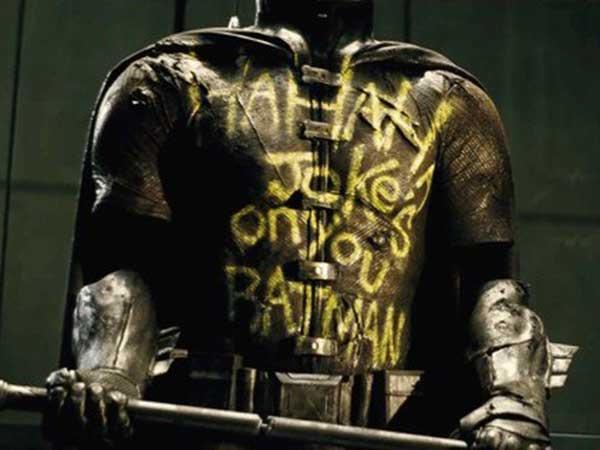 《蝙超》无名制服身份公布 属于去世的二代罗宾