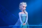 网友发起给女王找女友活动 《冰雪奇缘》配音力挺