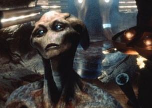 《地球保卫战》:你好,外星人