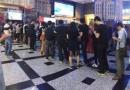 《魔兽》零点场票房破5000万 玩家观影现场火爆