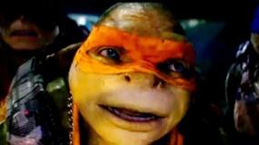 """《忍者神龟2》""""儿童版""""预告 神龟偶遇大黄蜂"""