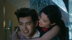 《致青春2》甜版预告 吴亦凡刘亦菲陷甜蜜爱恋
