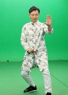 吴樾长袍加身大耍武术动作 《寒战2》变卧底警察